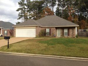 438 Pinebrook Cir